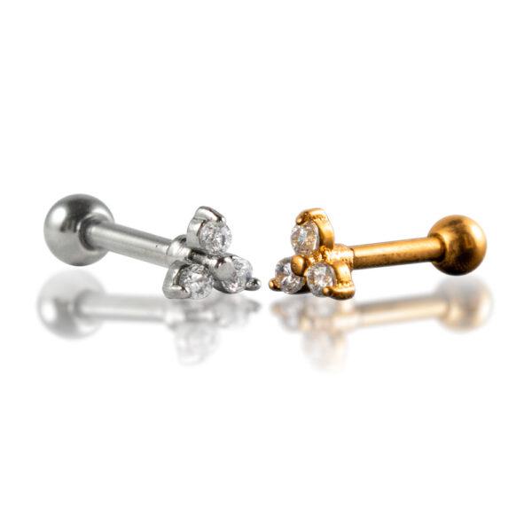 Barbell con tres brillos de acero quirúrgico para piercings de la oreja. Diseño con forma de trebol, cada hoja es un brillo. Disponible en dorado y plateado.