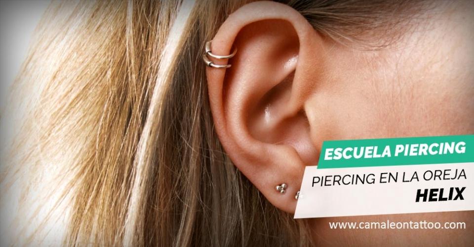 Piercing En La Oreja Helix Camaleon Tattoo